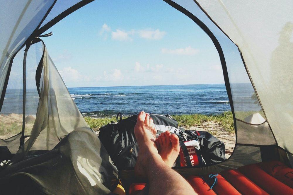 7 onmisbare spullen om comfortabel te kampere