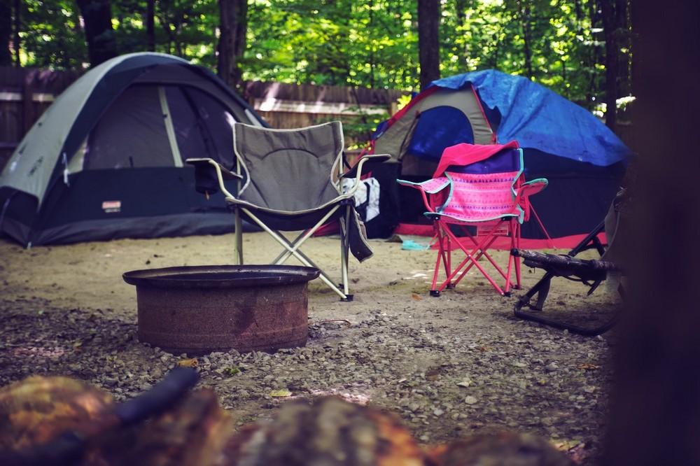 7 onmisbare spullen om comfortabel te kamperen